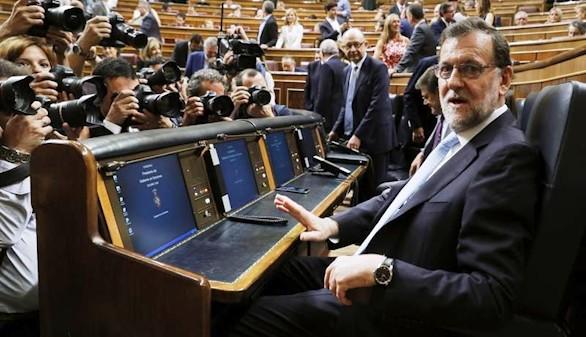 Rajoy, atrapado en la pinza PSOE-C's