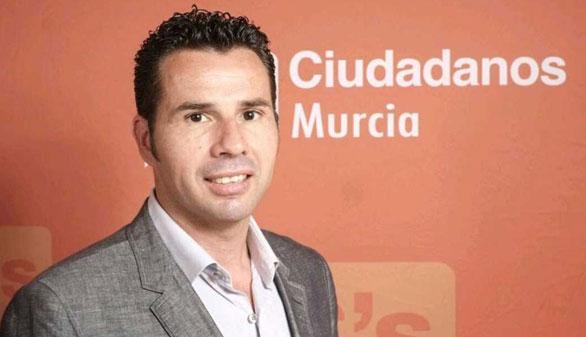 C's destituye a su delegado en Murcia por facturas irregulares