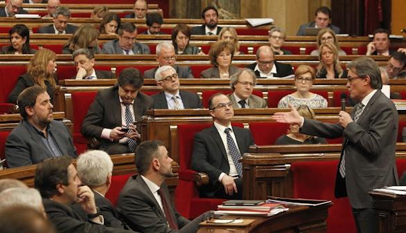 CiU y ERC pierden la mayoría, según un sondeo de la Generalidad