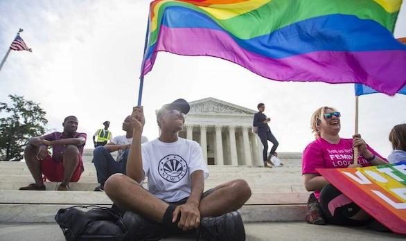 Prisión para la funcionaria de EEUU que se niega a dar licencias a matrimonios gays
