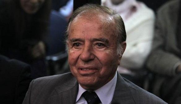 El expresidente argentino Carlos Menem, condenado a 4 años de cárcel