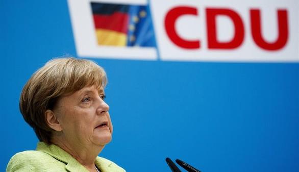 Merkel confía dar a la UE con Macron