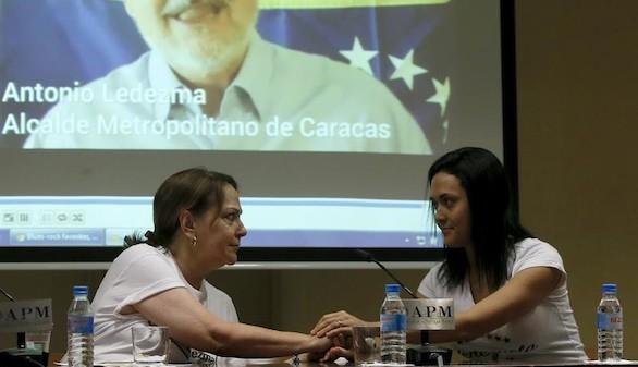 La mujer de Ledezma critica a Zapatero: