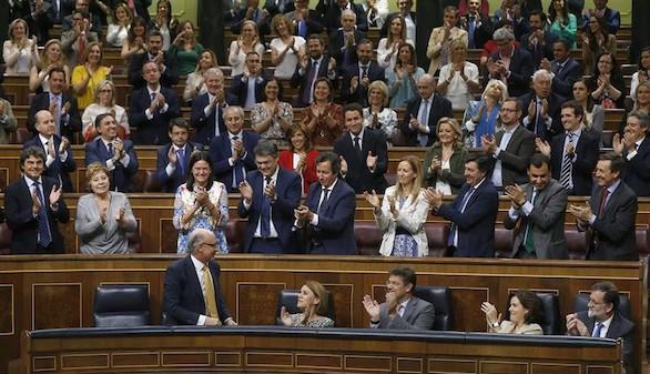 Montoro a Podemos: 'Son una amenaza para la estabilidad'