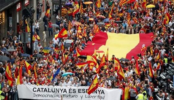 Moody's sube la nota a España tras el apagón del incendio catalán