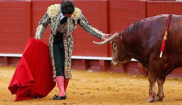 Morante de la Puebla entrega a Sevilla, al fin, el sabor del toreo grande