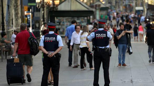 Barcelona se blinda ante el riesgo de atentado en Las Ramblas