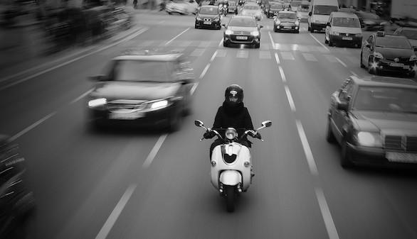 Tips para ahorrar, compara antes de comprar tu seguro de moto