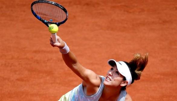 Muguruza se apresura hacia tercera ronda de Roland Garros