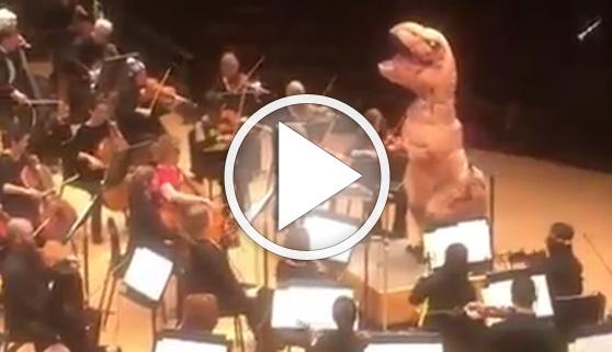 Vídeos virales. La música de Jurassic Park más jurásica