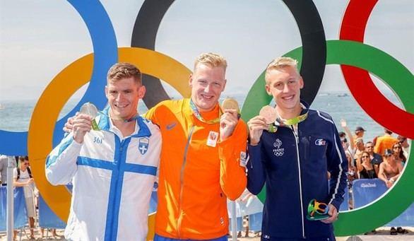 El holandés Ferry Weertman gana el oro en natación en aguas abiertas
