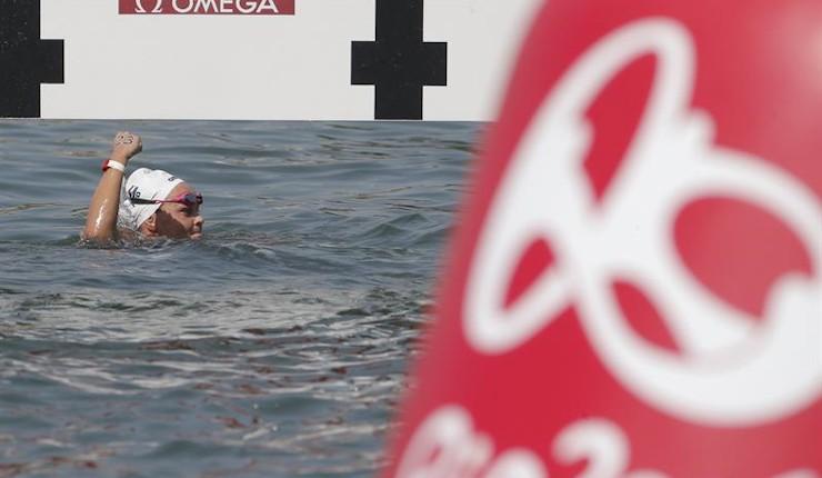 La holandesa Sharon van Rouwendaal conquista el oro en aguas abiertas