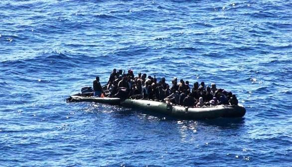 Hallados 22 cadáveres en una patera en el Mediterráneo