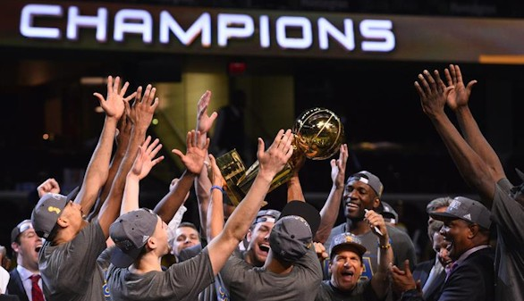 Los Golden State Warriors de Curry, nuevos campeones de la NBA