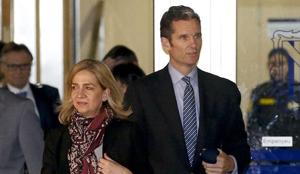 El tribunal admite el informe del fiscal que beneficia a la Infanta