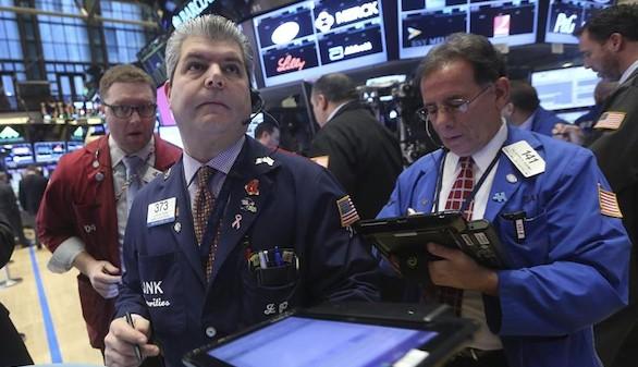 La inquietud mundial en las Bolsas hunde al Ibex, que toca mínimos de 2013