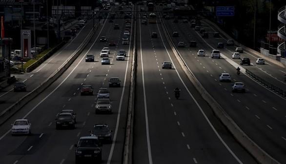 Tráfico se prepara la mayor oleada de vehículos del año en las carreteras