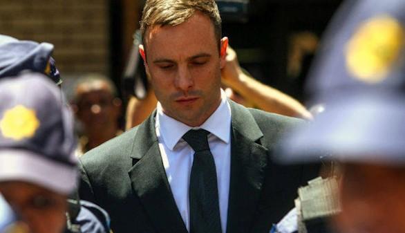Oscar Pistorius, condenado a seis años por asesinato