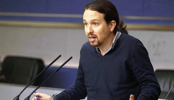 Iglesias acusa al PSOE de formar una 'triple alianza'