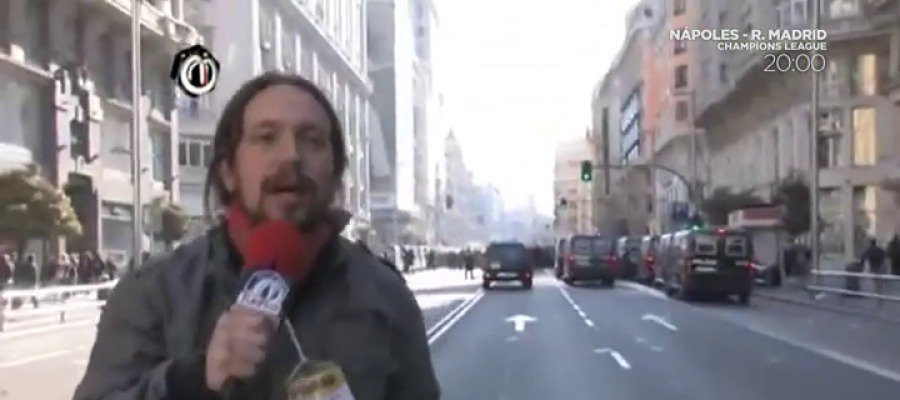 Los 'tuits' del día. Twitter remata el escrache a los periodistas de Podemos
