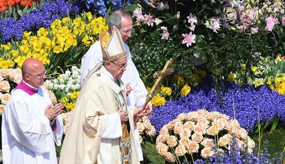 El Papa recuerda en su mensaje de Pascua el drama de la guerra
