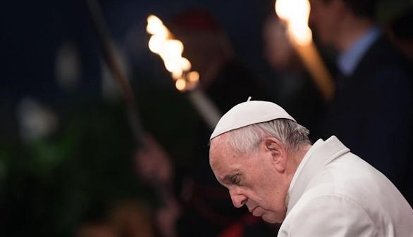 El Papa: una vergüenza