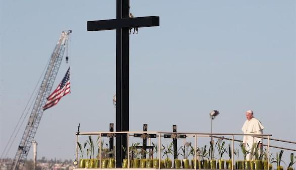 El Papa regresa a Roma tras una intensa visita a México