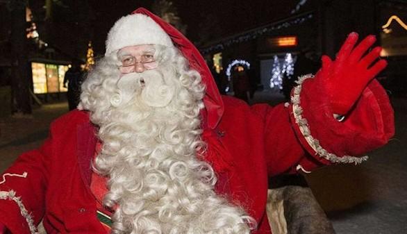 Despiden a una mujer por contar a los niños la verdad sobre Papá Noel