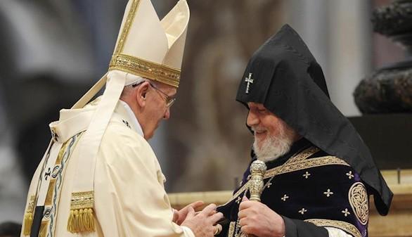 El Papa reconoce el genocidio armenio en una misa del Vaticano