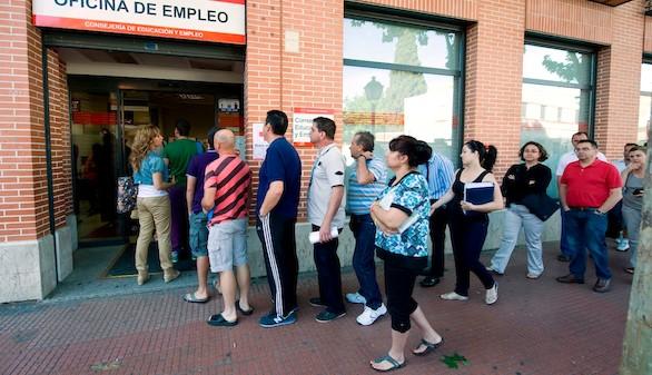 El paro subió en septiembre en diez Comunidades, con Cantabria y Asturias a la cabeza