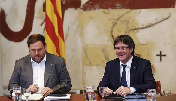 El 65% de los catalanes considera que se debe aparcar el separatismo