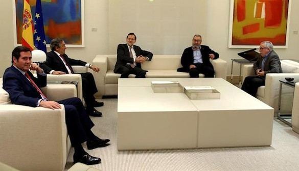 Reunión de Rajoy con sindicatos y patronal para enfrentar al secesionismo