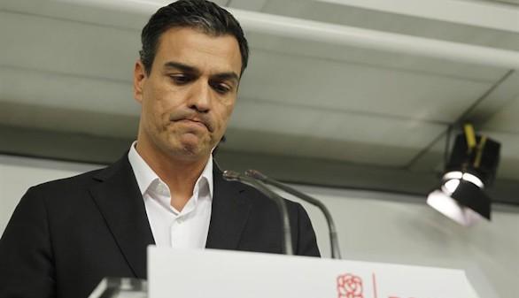 Pedro Sánchez, KO: dimite tras ser derrotado