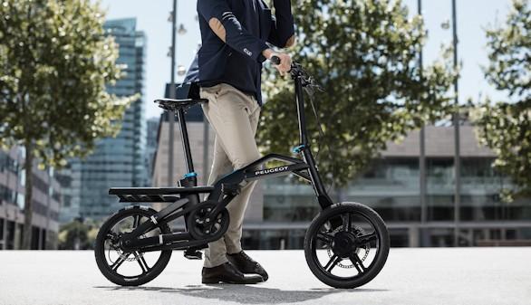 Peugeot crea su primera bicicleta eléctrica plegable
