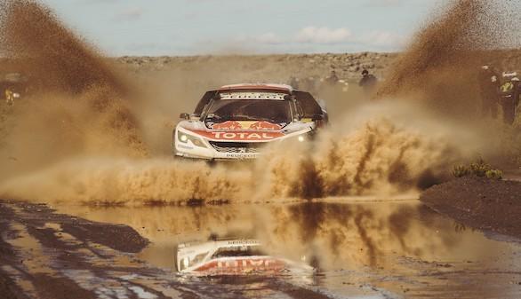 Nuevo triplete de los Peugeot 3008 DKR en el Rally Dakar