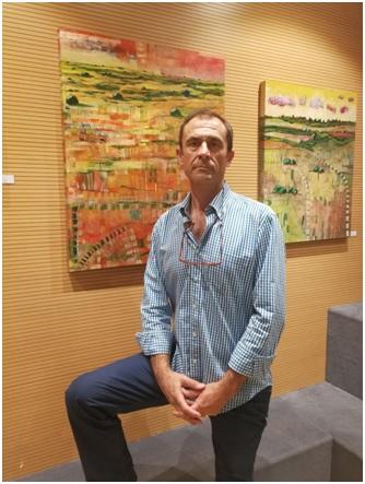 """El Pintor en su exposición """"Arquitecturas del Paisaje"""""""