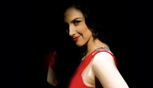 """""""La gira roja"""", poesía y música unidas por David Arrabal y Lydia Gregory"""
