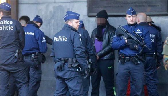 Hallada una huella de Salah Abdeslam en un piso de Bruselas