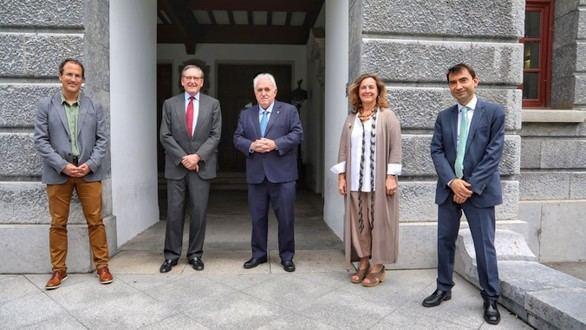 Un proyecto de eficiencia energética en edificios de oficinas, premio de Investigación UD-Santander