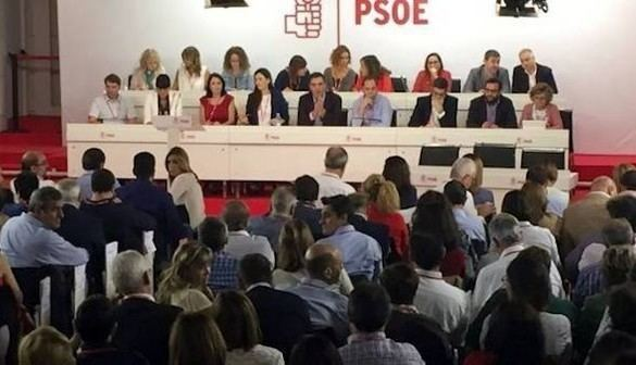 CIS: ligera subida del PP y se desploma el PSOE, superado por Podemos