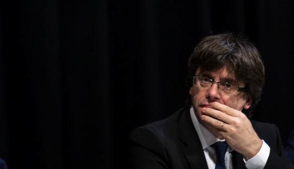 Puigdemont no acudirá al Calderón por la prohibición de las esteladas