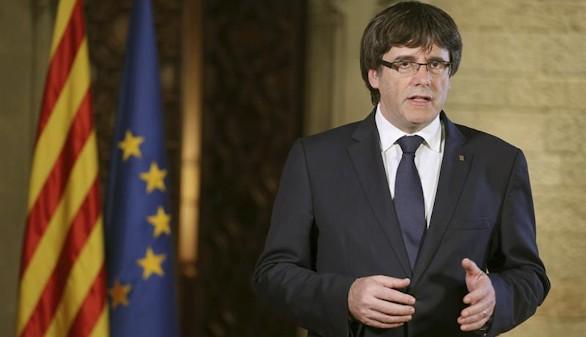 Puigdemont convoca al Parlament para defenderse del Estado