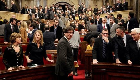 El letrado mayor del Parlament cree