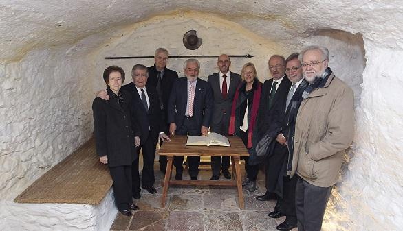 La RAE se traslada a La Mancha para celebrar una quijotesca sesión