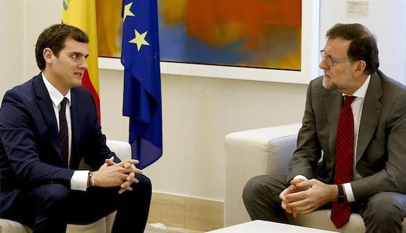 Rajoy, a Iglesias y Rivera: el mandato del 20D es que gobierne él