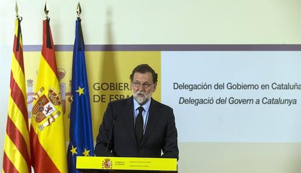 Rajoy apela a la unidad institucional sin Puigdemont a su lado