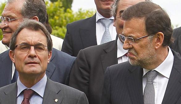 Rajoy pone en marcha la maquinaria para frenar el 27-S
