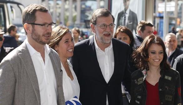 Rajoy mantiene su oferta a PSOE y C´s pero les afea su