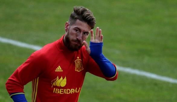 La selección española llega a Rumanía sin Sergio Ramos