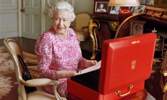 Isabel II: la consolidación silenciosa de la monarquía británica